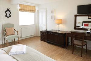 hotel-room-wood-effect-tiles-example.jpg